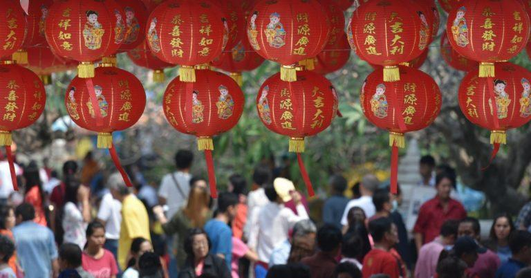 Culture Shock in china - Be prepared for the big crowd