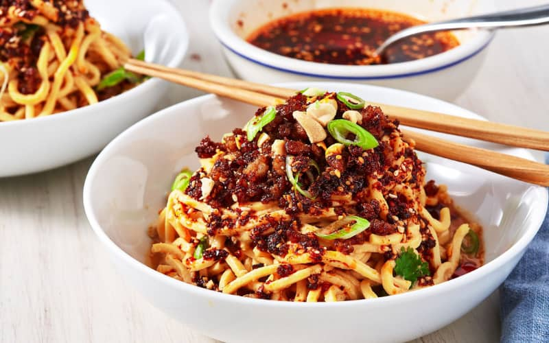 chinese food you must try: spicy noddles