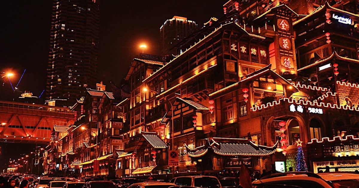 things to do in Chongqing: Hongya Cave