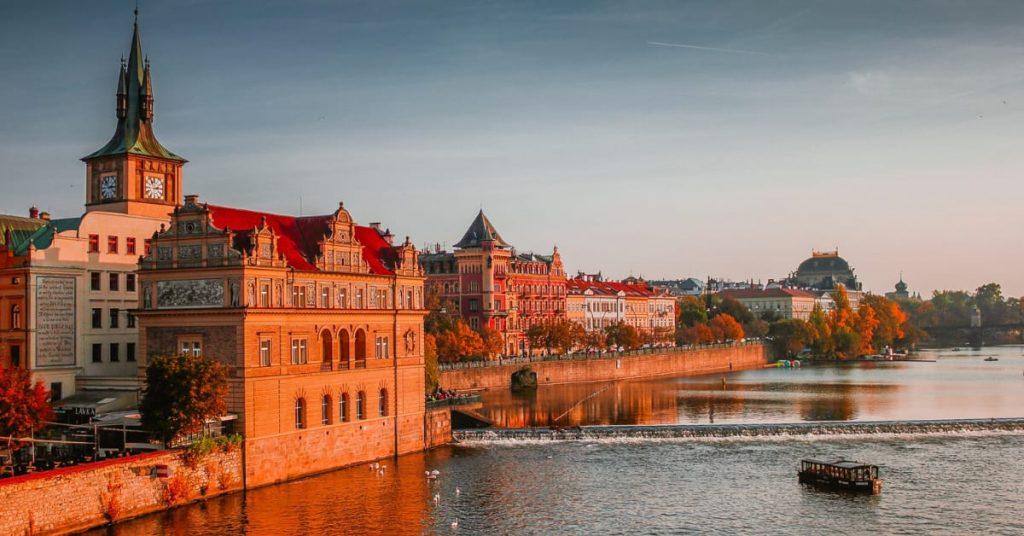 Teach-English-Abroad-in-Czech-Republic