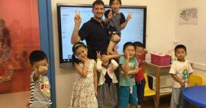 Teaching Chinese kids English