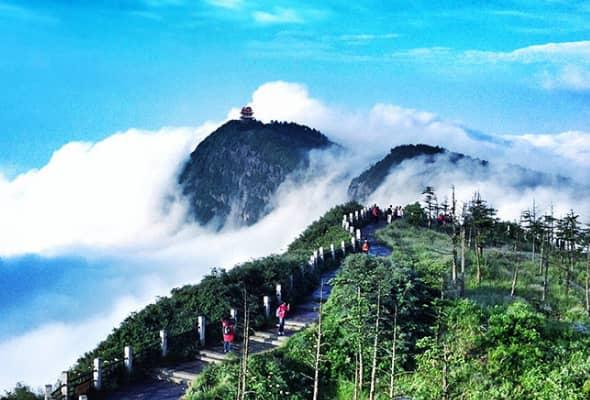 emei-moutain-Chengdu