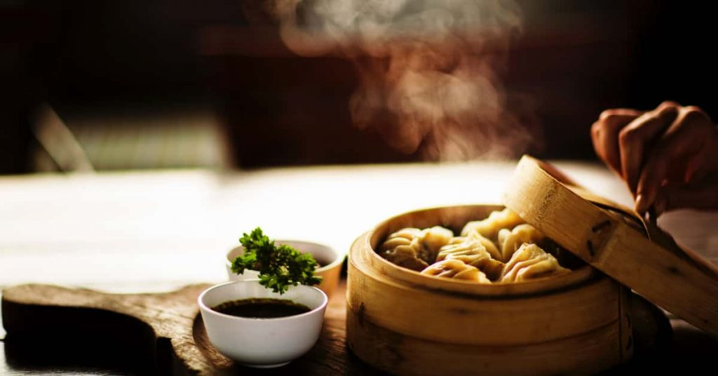living in Shanghai, food in Shanghai, xiaolongbao in shanghai