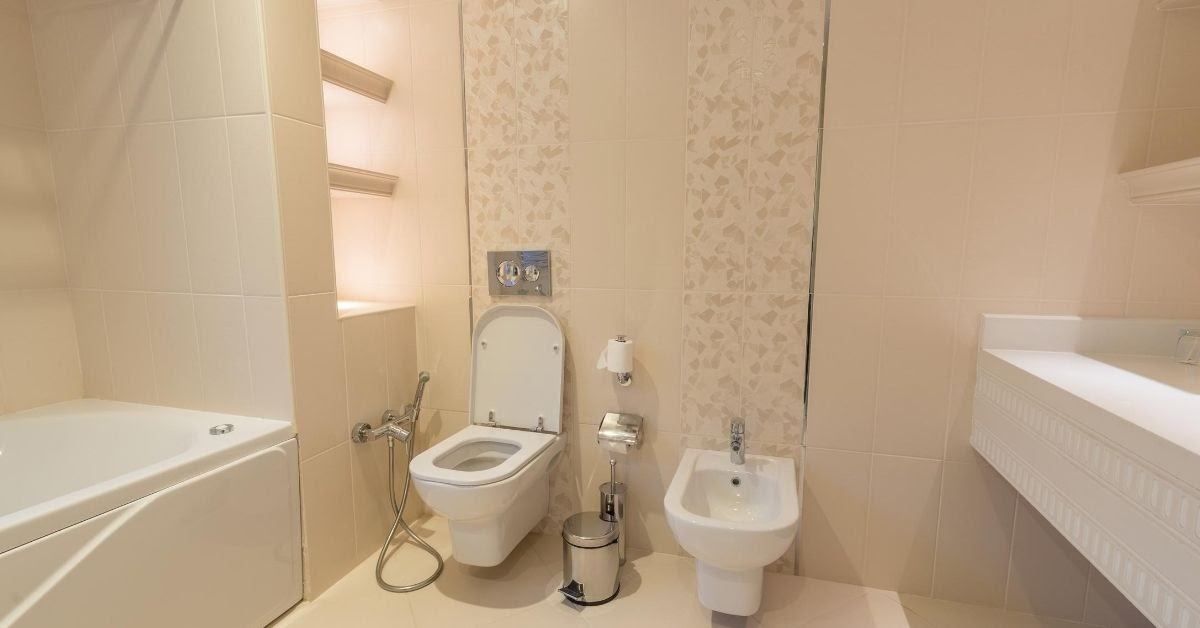 Chinese Apartments bathroom